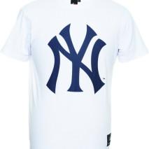 Majestic Prism Large Logo Tee – New York Yankees