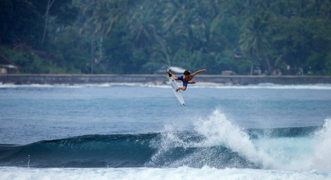 Quiksilver Young Guns Surf 2018