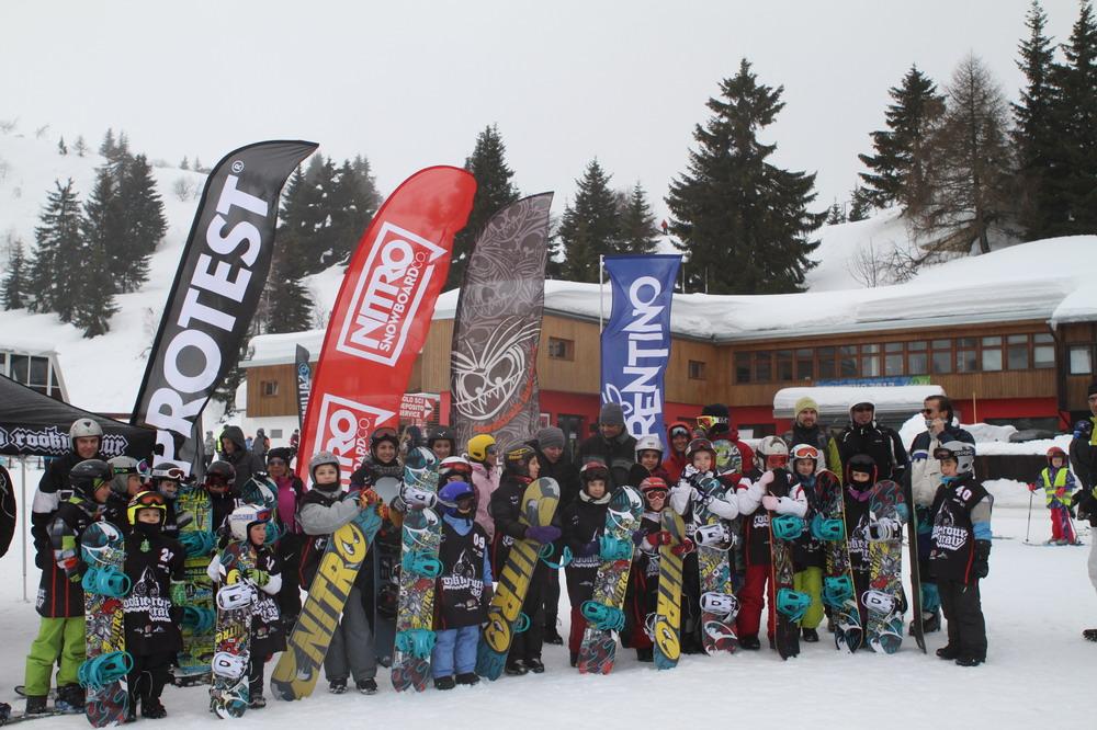 Trentino_Kids_Snowboard_Camp2014_picEmilianoMeucci_6