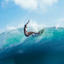 Fotografare il surf: l'intervista a Cait Miers