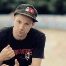 Fabio Colombo Boss nel video dello Skate Arcade