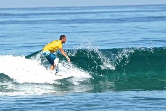 fabrizio_passetti_ai_mondiali_isa_di_adaptive_surf_640x428__w564_h377
