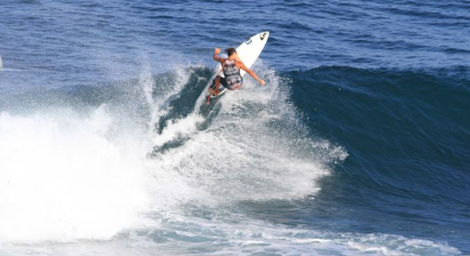 Mattia Migliorini agli ISA World Junior Surfing Championship
