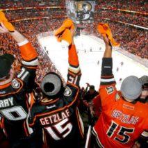 Anaheim sfata il tabù di gara 7, Oilers fuori a testa alta