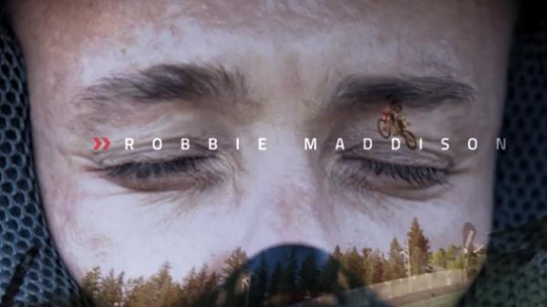 È l'adrenalina che ci guida: il leggendario freestyler Robbie Maddison