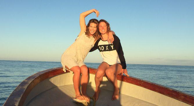 Un'avventura a Tavarua con Torah Bright e Robin Van Gyn