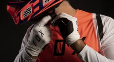 Guida ai guanti Fox Racing per la Motocross