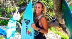 La storia di surf e passione di Lisa Anders: Trouble!
