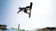 A tu per tu con lo snowboarder Louie Vito