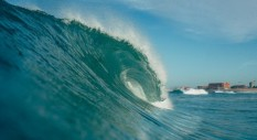 La playlist musicale perfetta per il surf