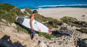 Kanoa Igarashi: fra onde, gelo e surf in Portogallo