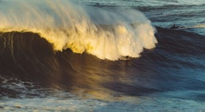 Sound of Surfing: big wave e musica elettronica nel nuovo video Quiksilver!
