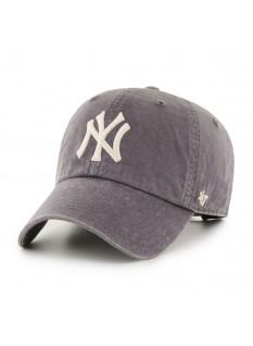 '47 Hudson Clean Up New York Yankees
